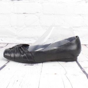 Clarks Womens Artisan Black Leather Flats Size 8